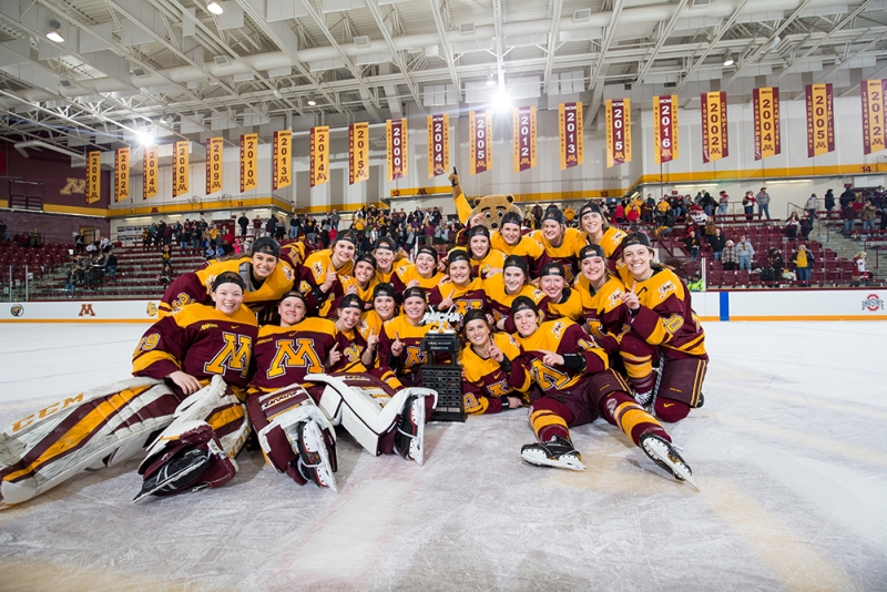 The Minnesota Gophers celebrate winning the 2018 WCHA Final Faceoff Championship. (Eric Miller/Gopher Athletics)